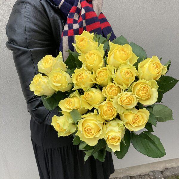 Rozes-dzeltenas-40 cm